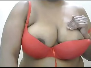 what a awesome big tits of indian mature bhabhi