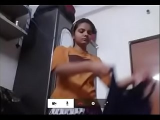 18year old girl change derss on camera